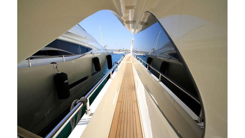 Azimut 88 motor yacht (7)