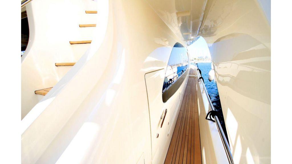 Azimut 88 motor yacht (9)