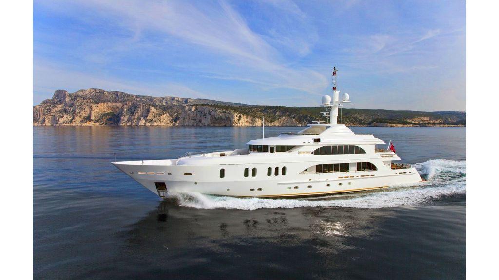 Luxury 50m Aluminum Yacht (1)