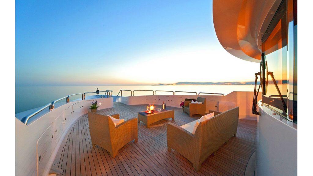 Luxury 50m Aluminum Yacht (10)