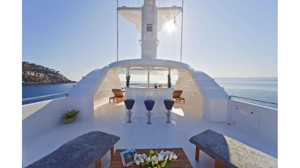 Luxury 50m Aluminum Yacht (11)