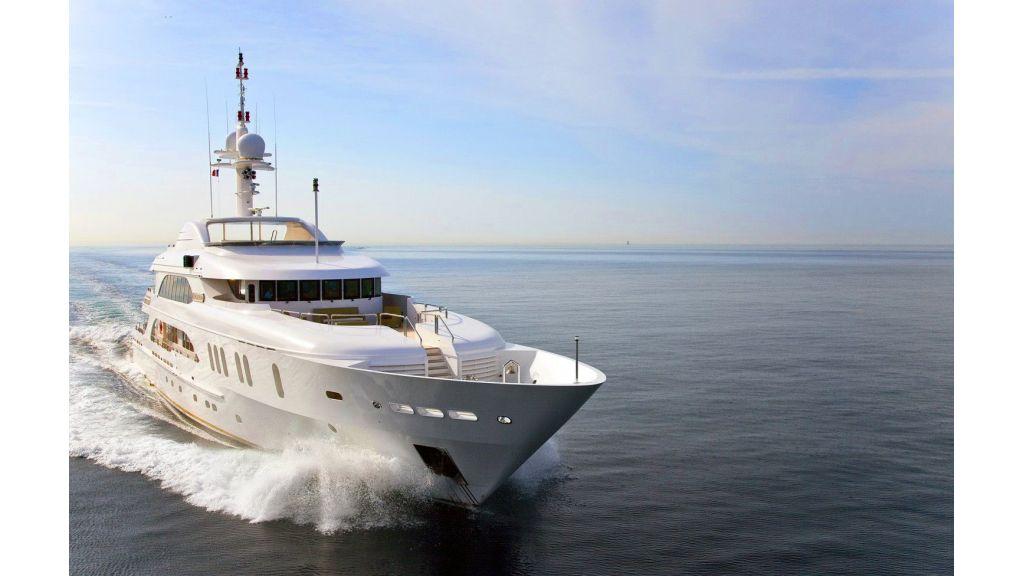 Luxury 50m Aluminum Yacht (2)