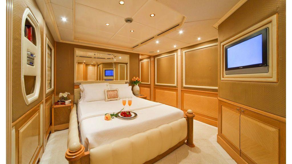 Luxury 50m Aluminum Yacht (20)