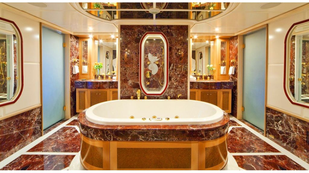 Luxury 50m Aluminum Yacht (22)