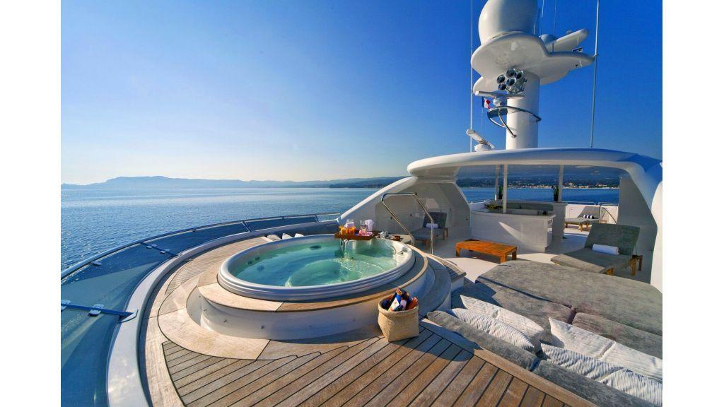 Luxury 50m Aluminum Yacht (9)