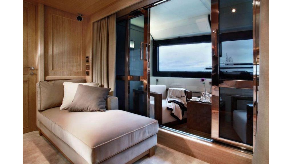 Luxury Yacht Rubeccan (11)