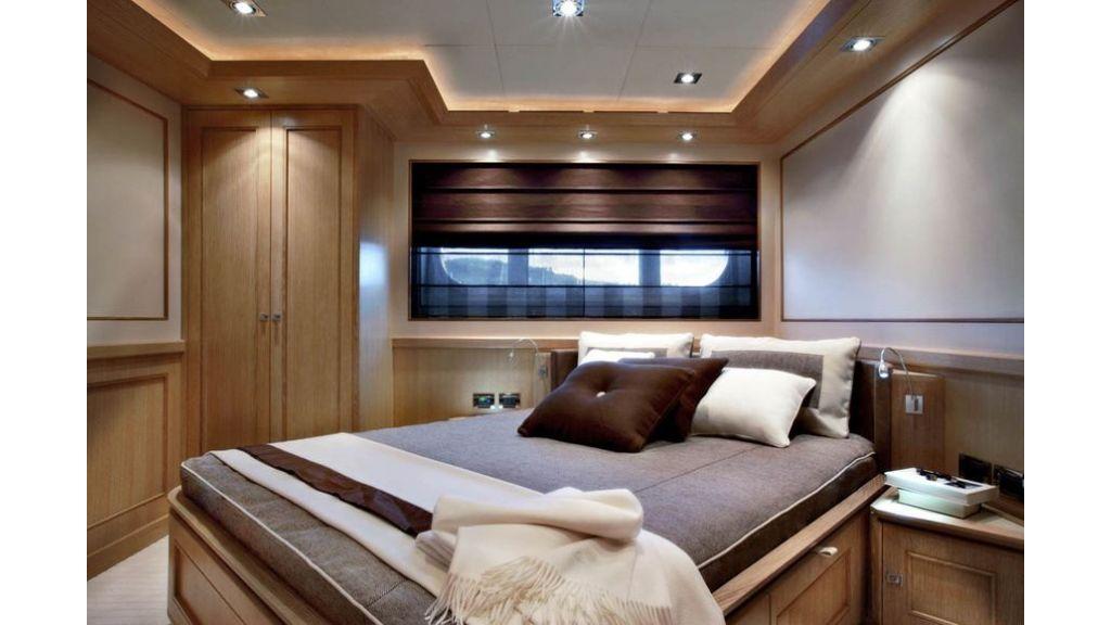 Luxury Yacht Rubeccan (12)