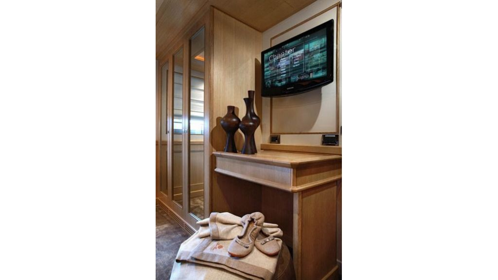Luxury Yacht Rubeccan (16)