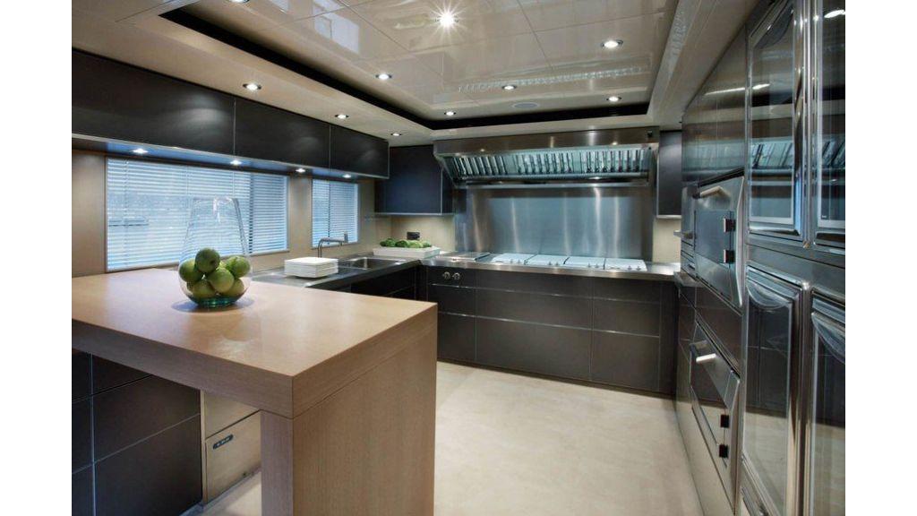 Luxury Yacht Rubeccan (19)