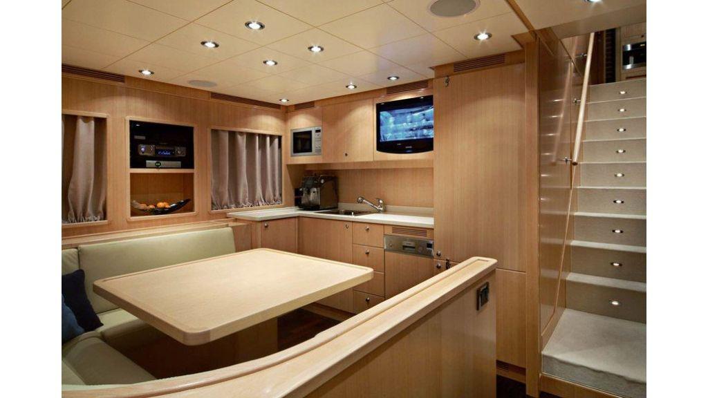 Luxury Yacht Rubeccan (24)