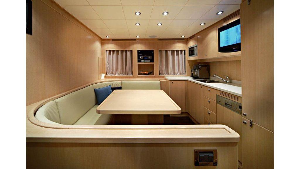 Luxury Yacht Rubeccan (25)