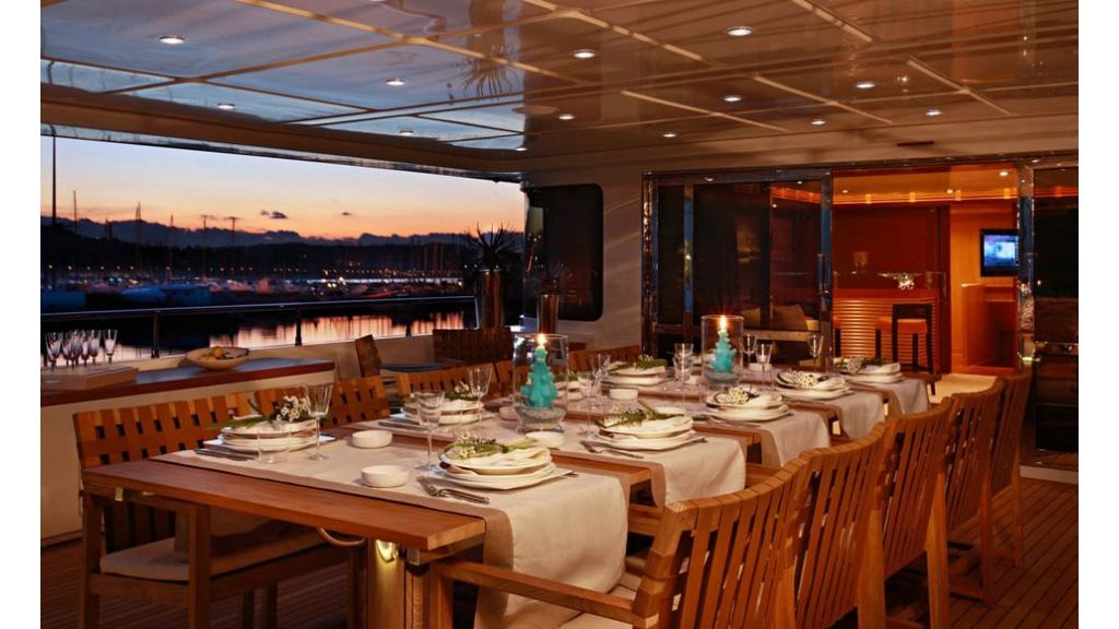Luxury Yacht Rubeccan (27)