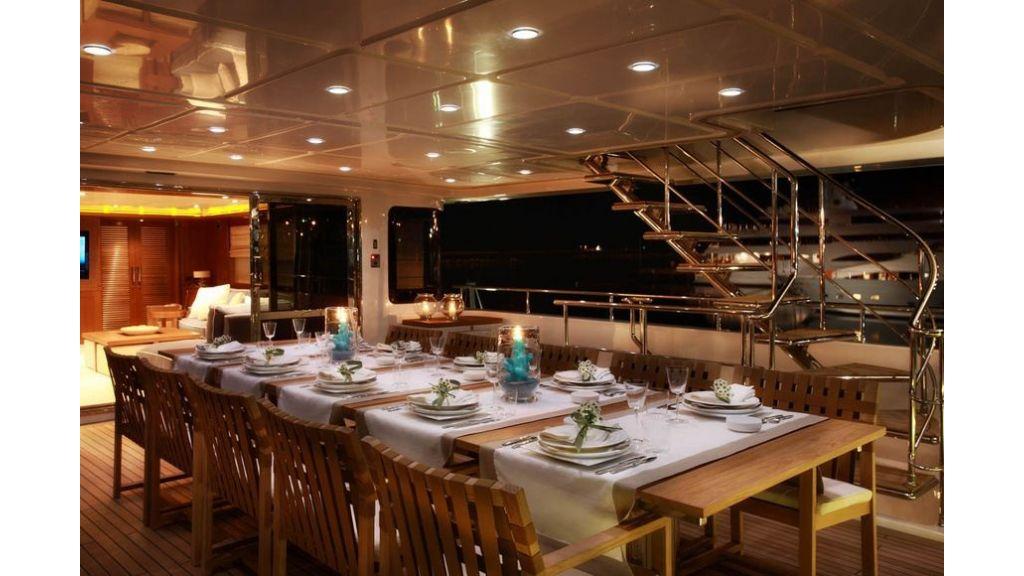 Luxury Yacht Rubeccan (30)