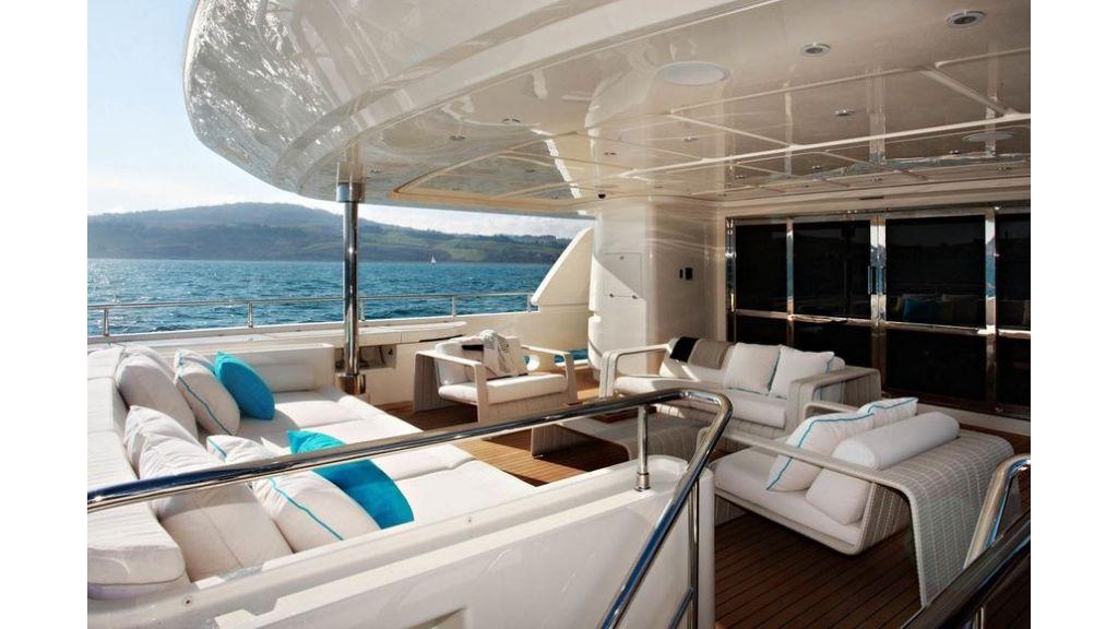 Luxury Yacht Rubeccan (32)