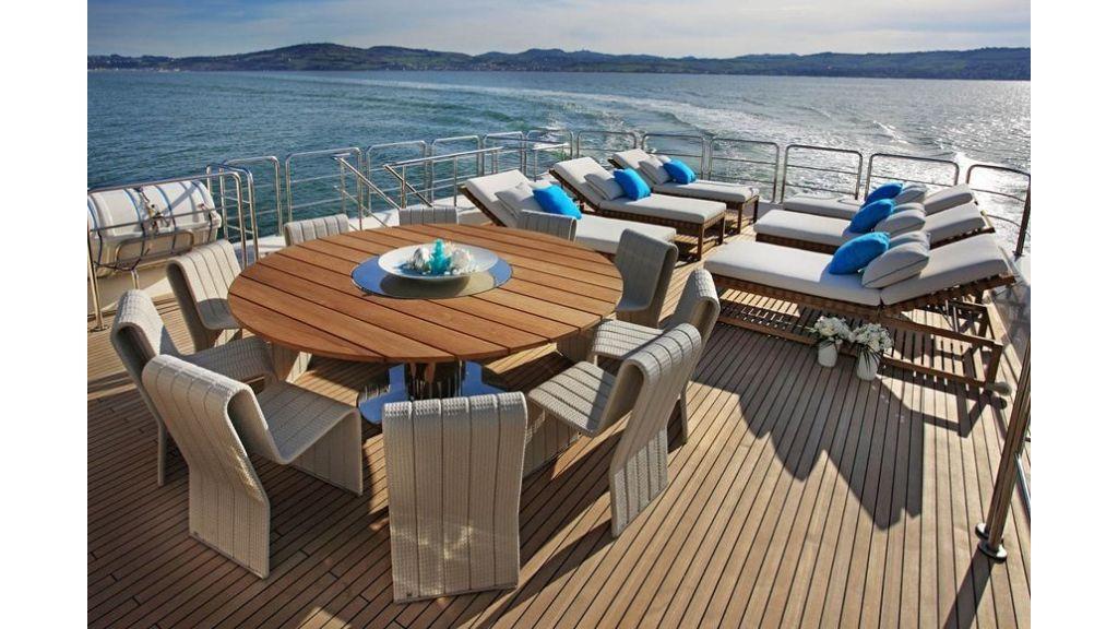 Luxury Yacht Rubeccan (36)