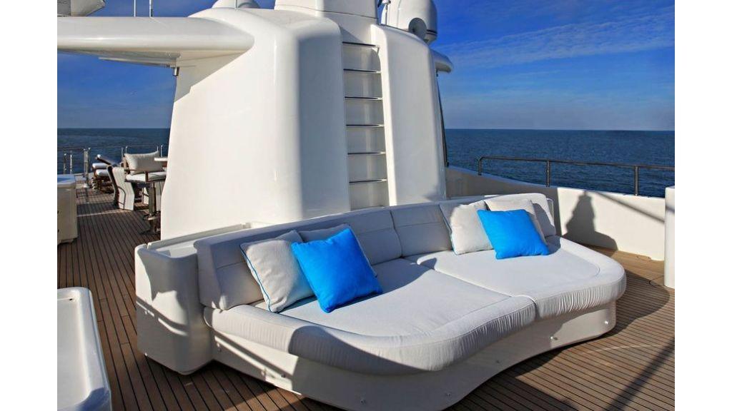 Luxury Yacht Rubeccan (37)