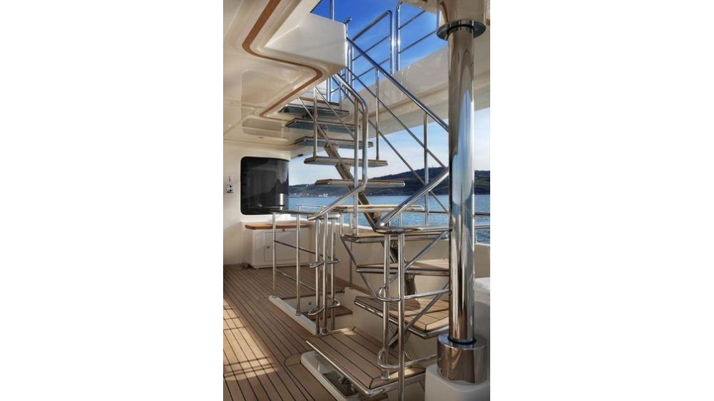 Luxury Yacht Rubeccan (38)