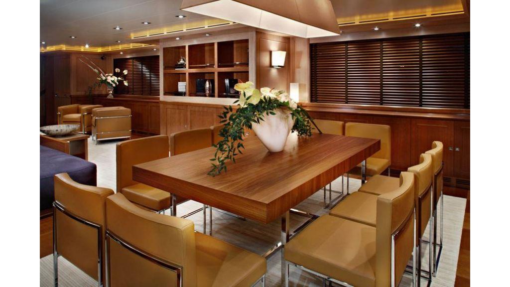 Luxury Yacht Rubeccan (47)