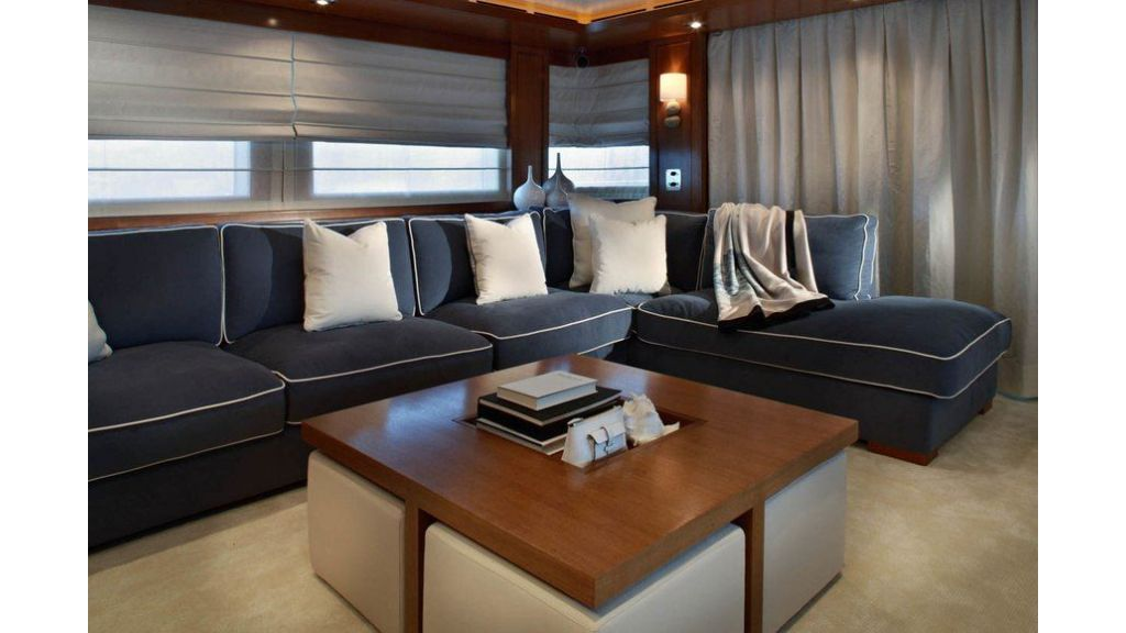 Luxury Yacht Rubeccan (52)
