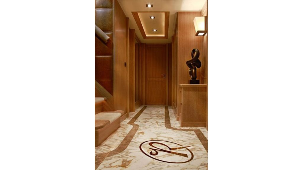 Luxury Yacht Rubeccan (57)