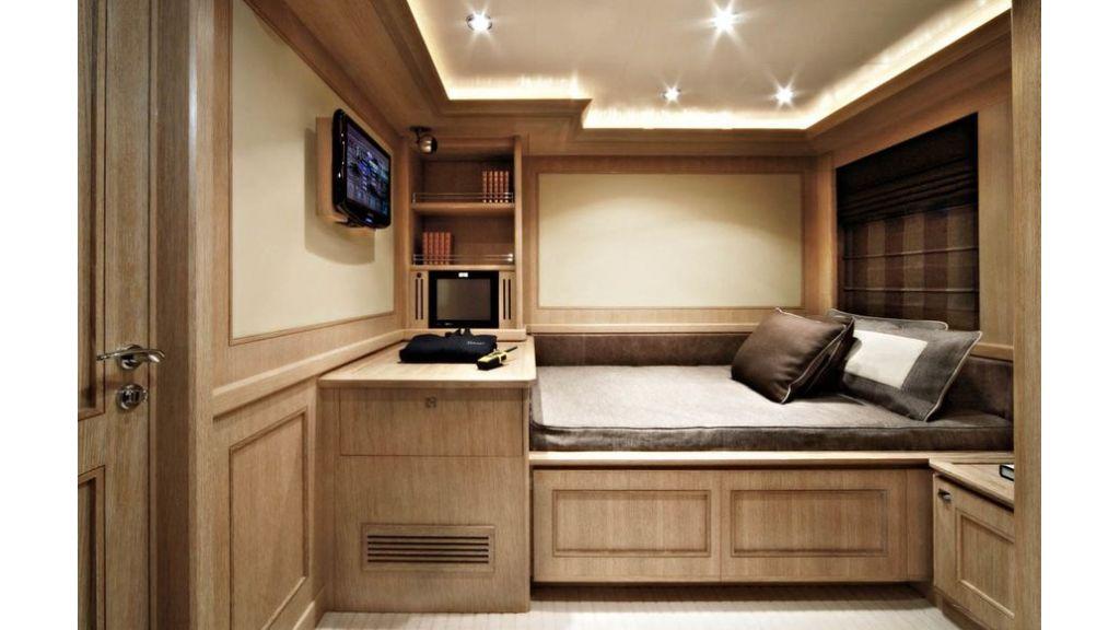 Luxury Yacht Rubeccan (6)