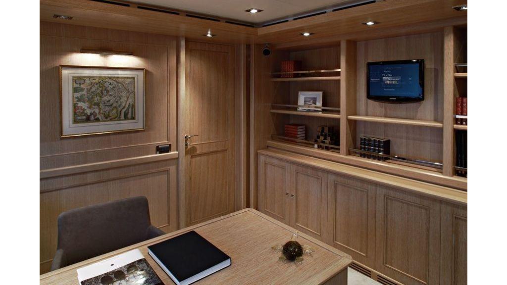 Luxury Yacht Rubeccan (61)