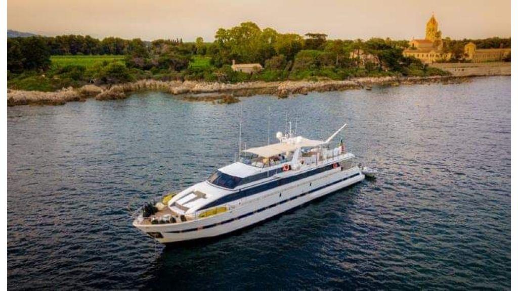 Versilcraft Motor Yacht (13)
