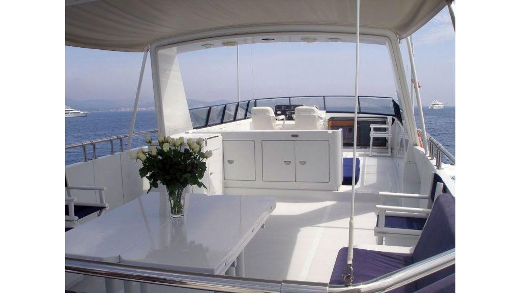 Versilcraft Motor Yacht (5)