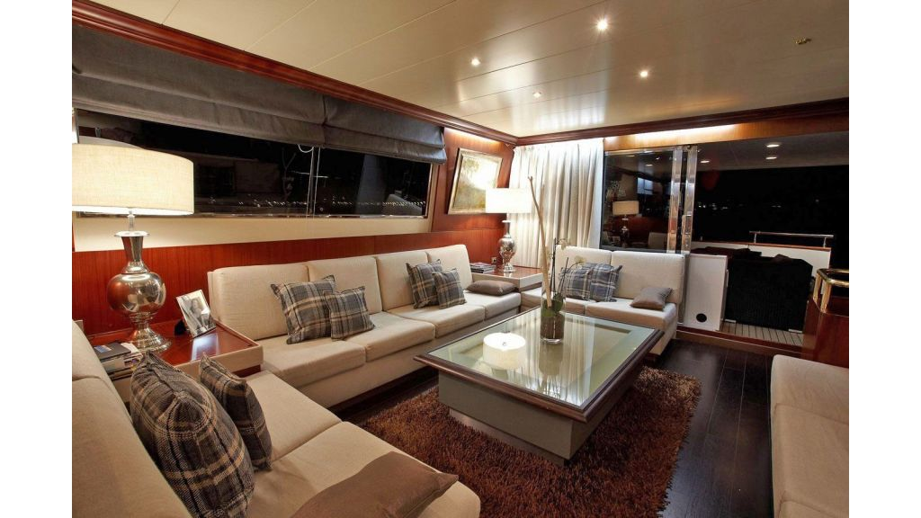 Versilcraft Motor Yacht (7)