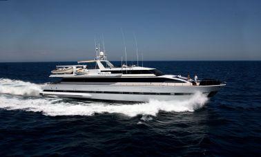 Versilcraft Motor Yacht