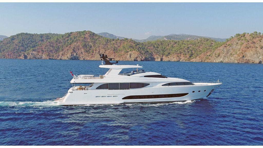 35m Rina Class Motor Yacht.