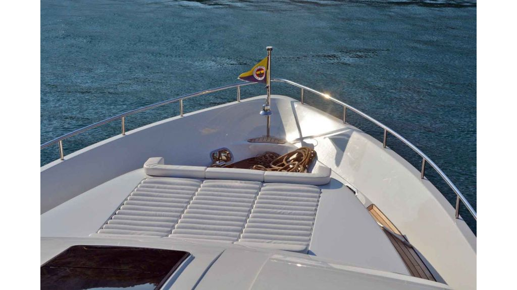 35m Rina Class Motor Yacht(18)