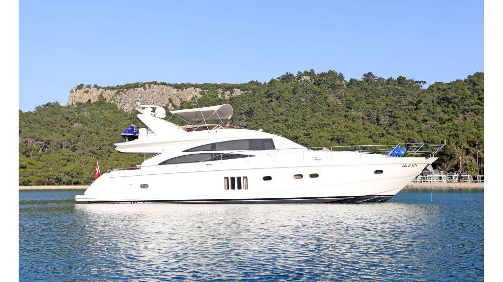 Motor Yacht Dolce Vita (5)