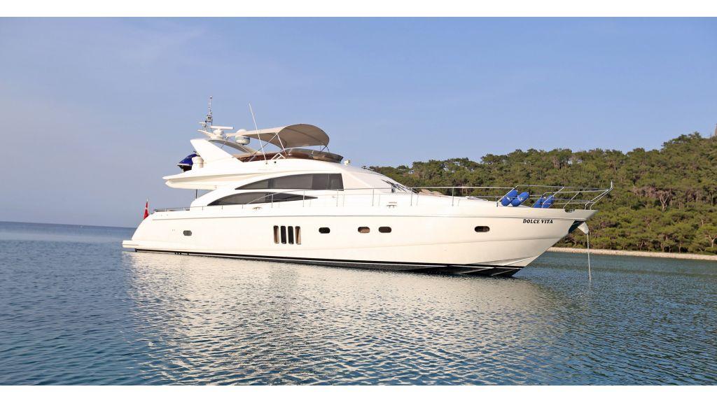 Motor Yacht Dolce Vita (7)