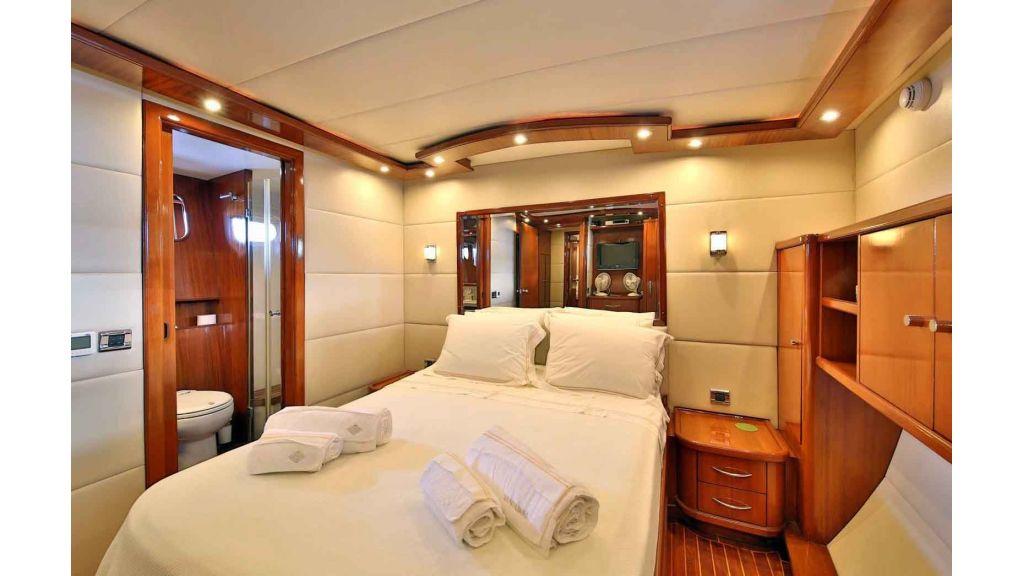 Navy 83 Yacht (44)