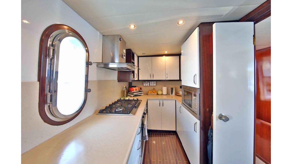 Navy 83 Yacht (45)