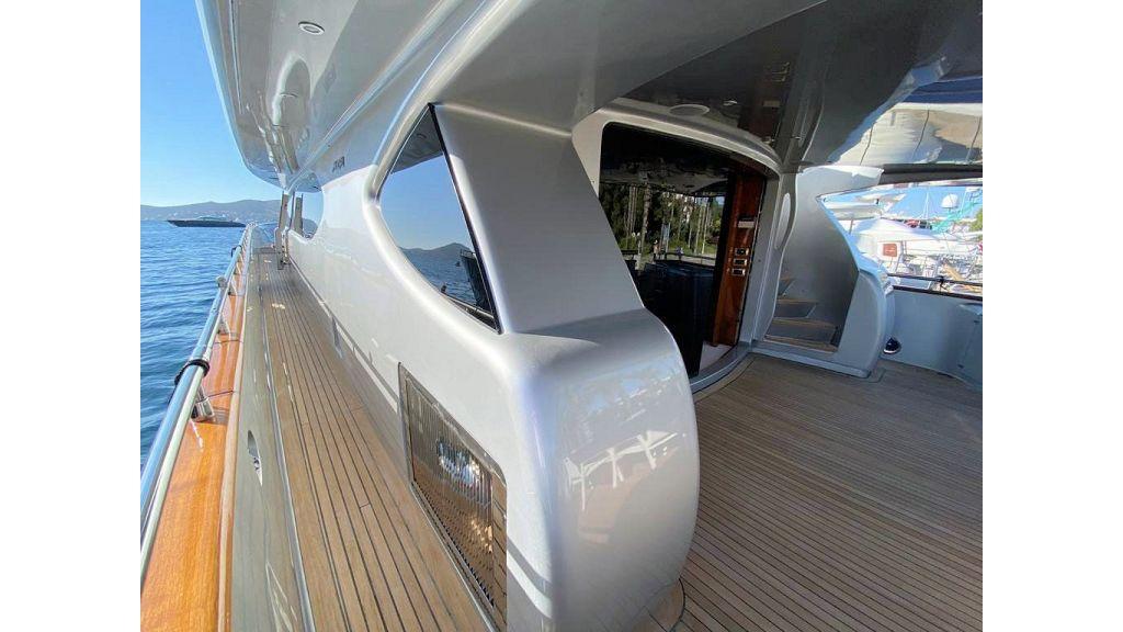 Maiora 32 DP 2010 Motor Yacht (11)