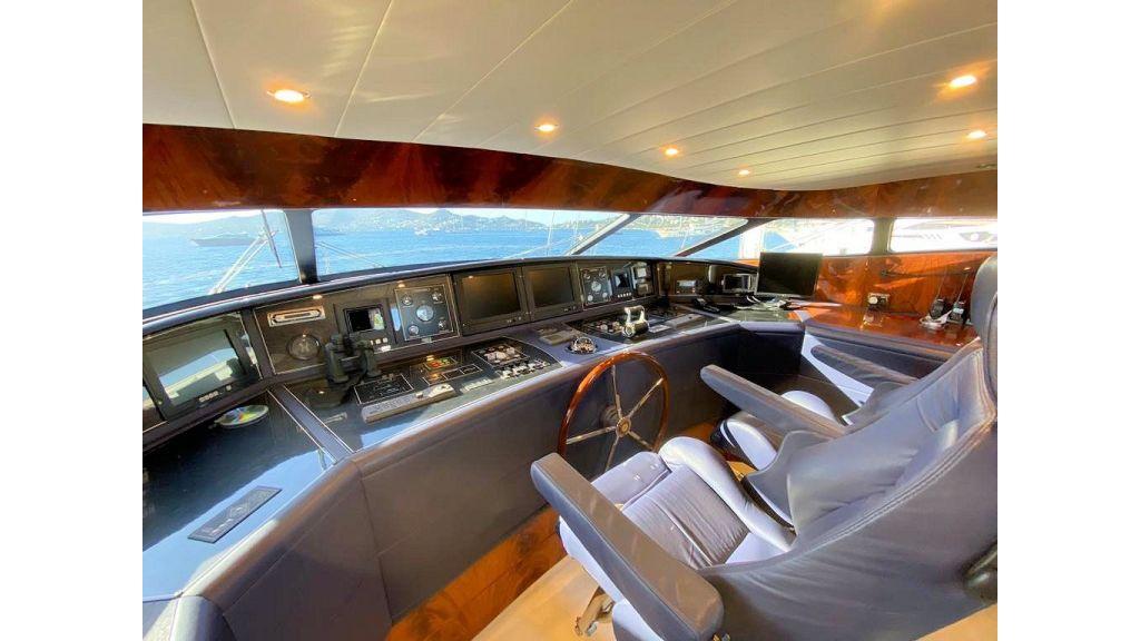 Maiora 32 DP 2010 Motor Yacht (13)