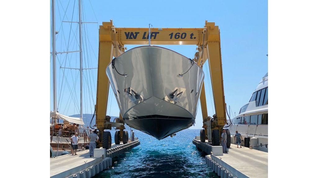 Maiora 32 DP 2010 Motor Yacht (19)