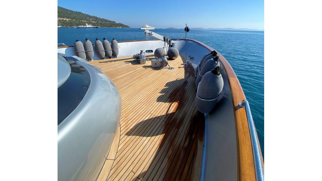 Maiora 32 DP 2010 Motor Yacht (26)
