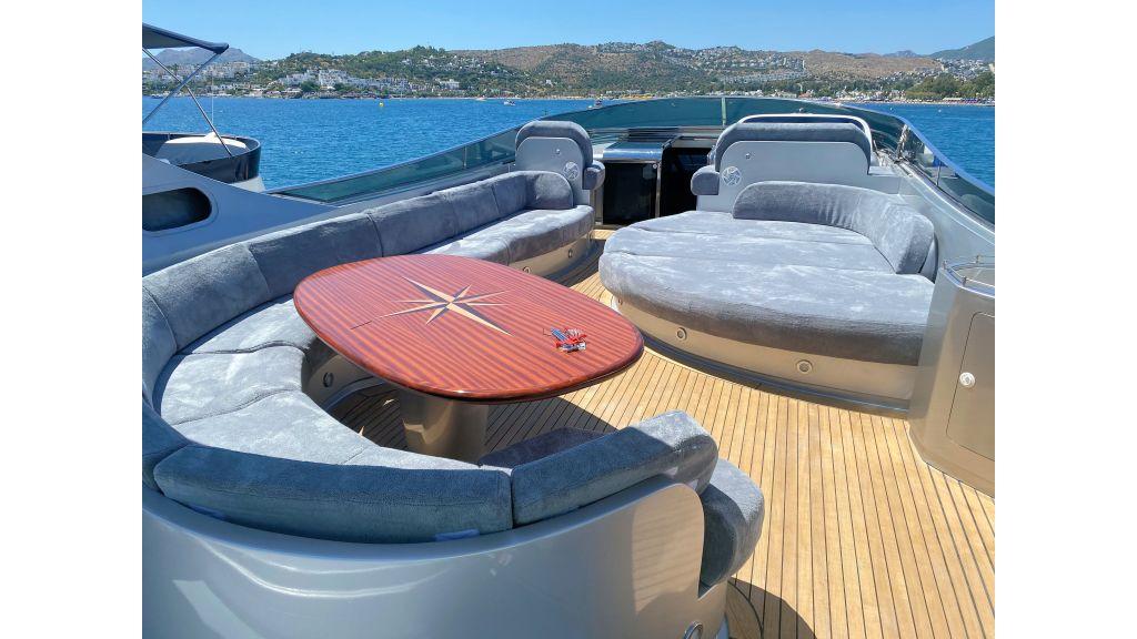 Maiora 32 DP 2010 Motor Yacht (29)