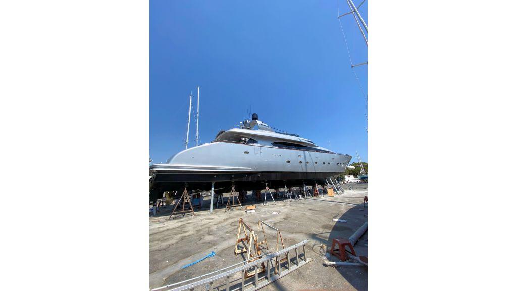 Maiora 32 DP 2010 Motor Yacht (3)