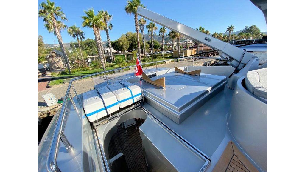 Maiora 32 DP 2010 Motor Yacht (33)