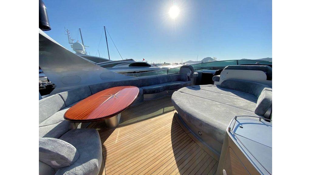 Maiora 32 DP 2010 Motor Yacht (34)
