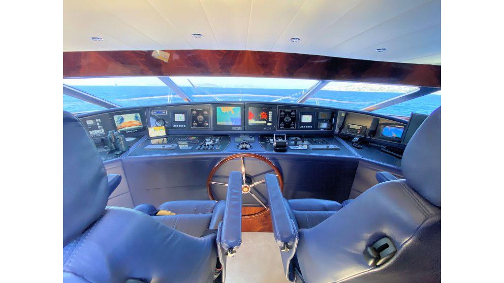 Maiora 32 DP 2010 Motor Yacht (36)