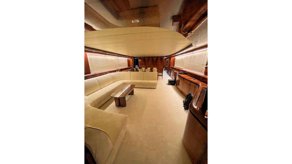 Maiora 32 DP 2010 Motor Yacht (45)