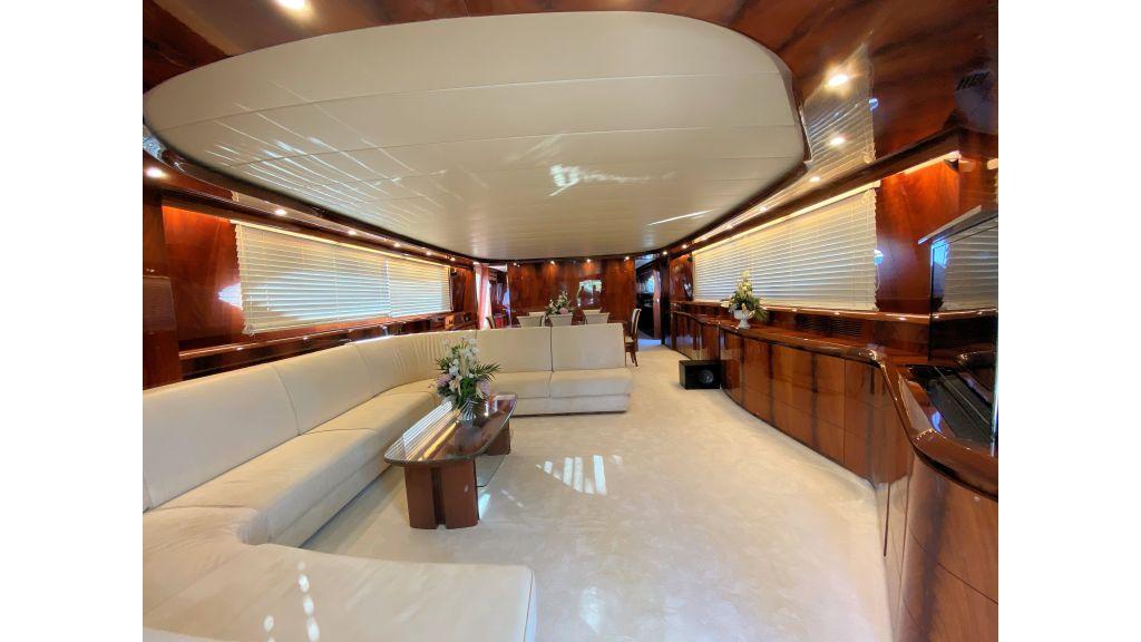 Maiora 32 DP 2010 Motor Yacht (47)