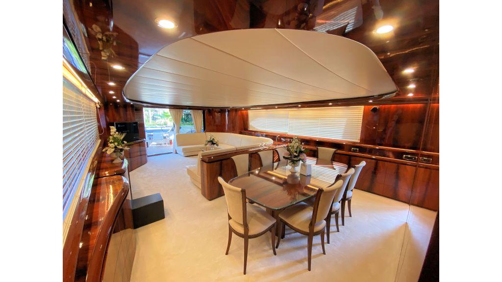 Maiora 32 DP 2010 Motor Yacht (48)