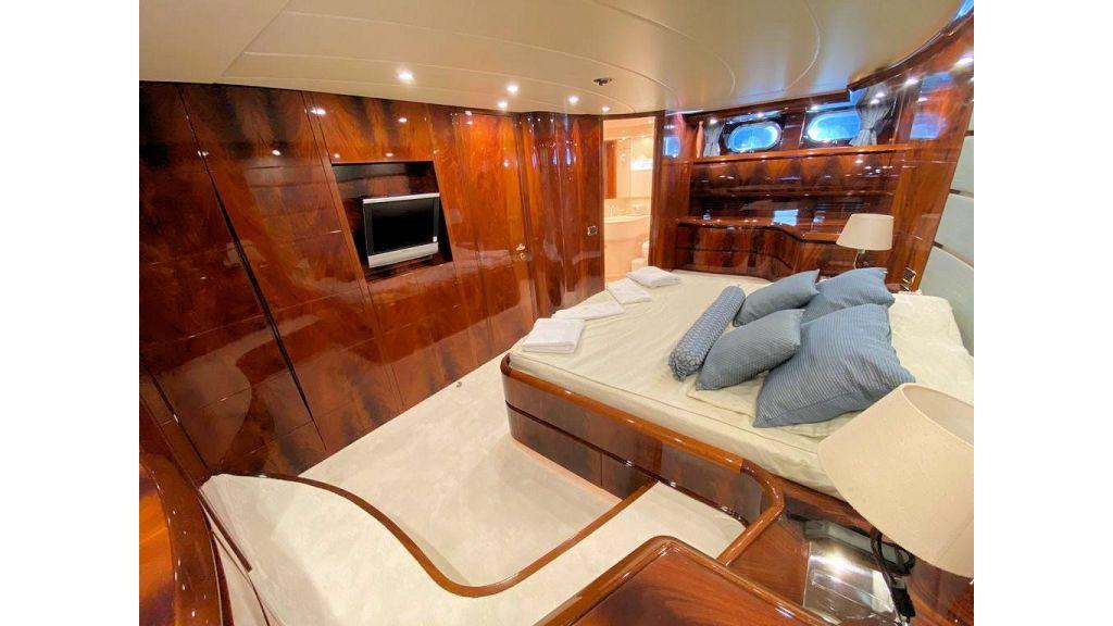 Maiora 32 DP 2010 Motor Yacht (62)
