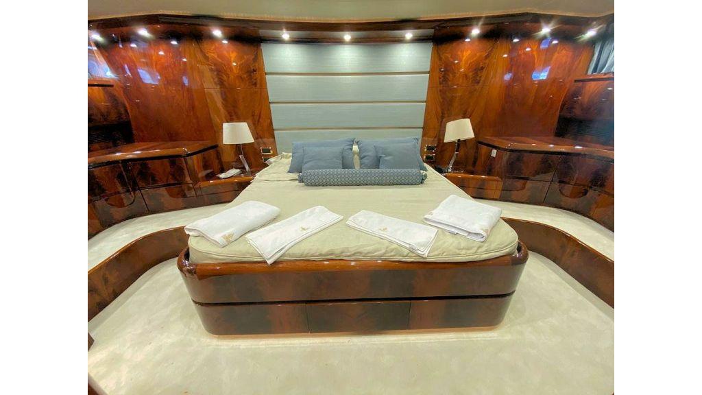 Maiora 32 DP 2010 Motor Yacht (63)